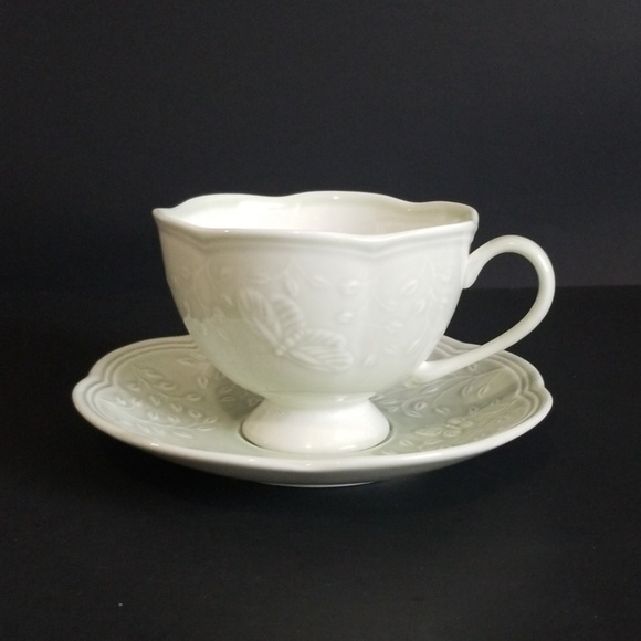 """Lenox Butterfly Meadow """"Leaf"""" Teacup and Saucer"""